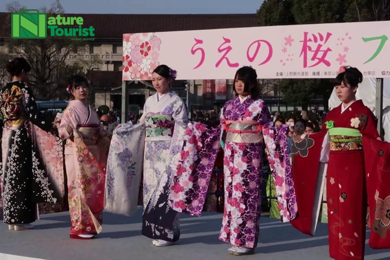 mot-show-bieu-dien-kimono-nhat-ban